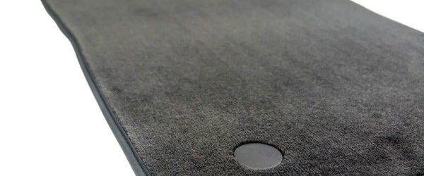 Tekstilni tepihi za avto